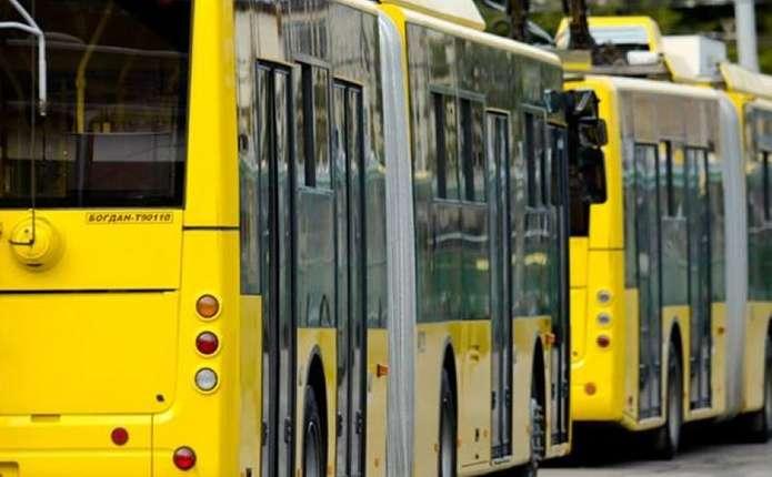 У Чернівцях 21 травня змінять рух тролейбусів та маршруток
