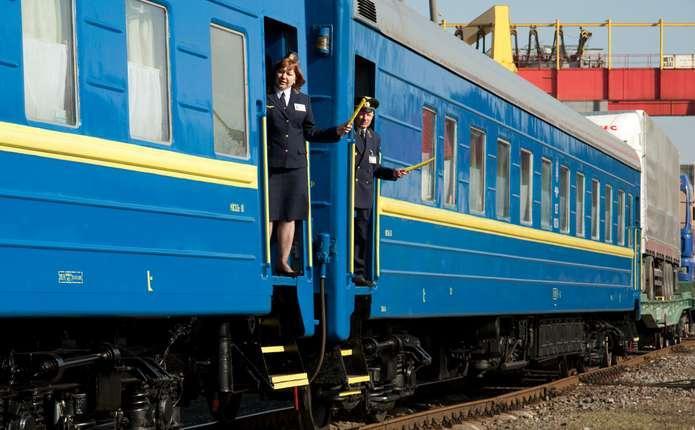Укрзалізниця змінила періодичність курсування літнього поїзду Одеса – Чернівці