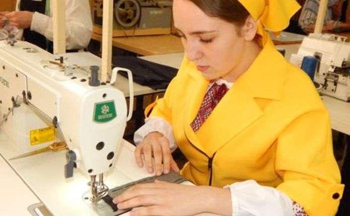 Центр сучасних швейних технологій відкрили у Чернівцях