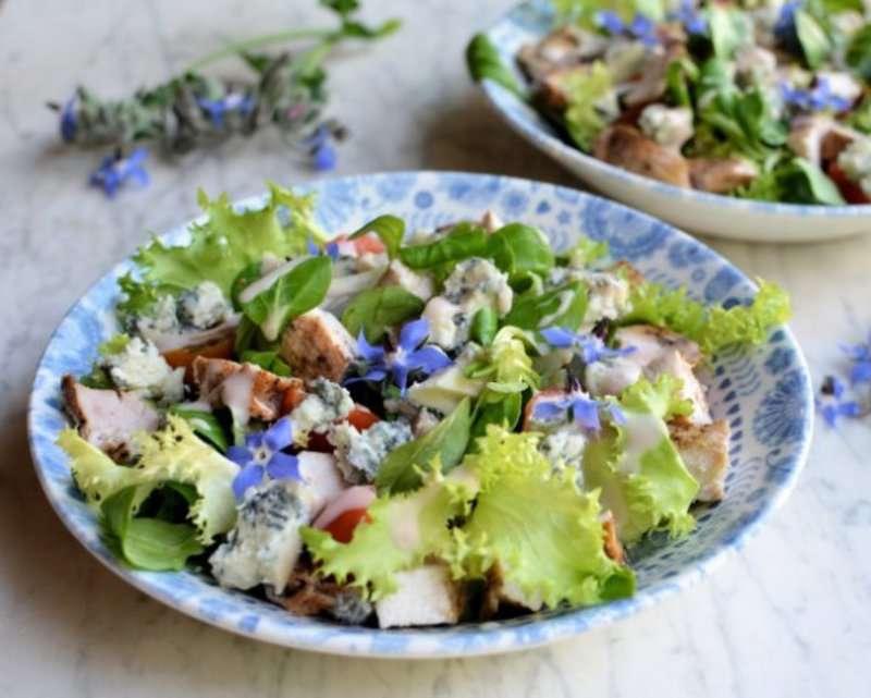 Найпопулярніші італійські салати цього літа