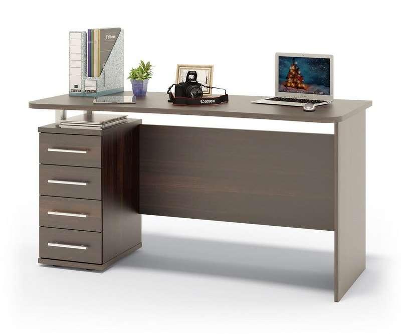 Компьютерный стол – мебель, необходимая в каждой квартире