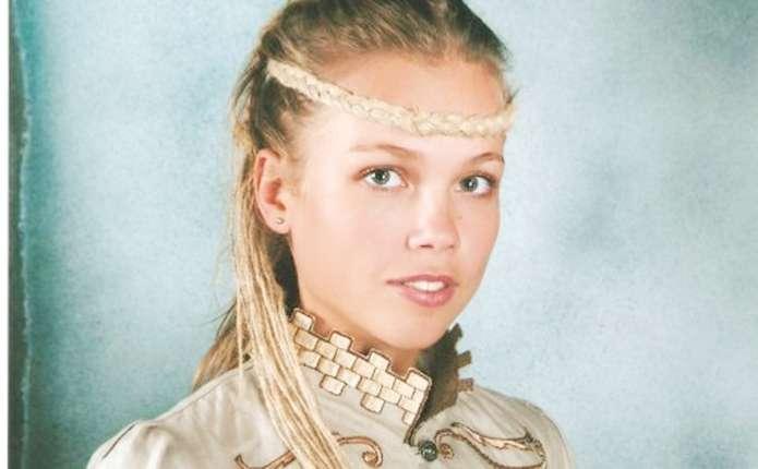 Чернівецький художник-дизайнер Анна Статнік: Літо хоче ефірних суконь