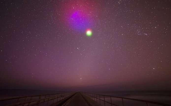 Вчені запустять у небо кольорові хмари