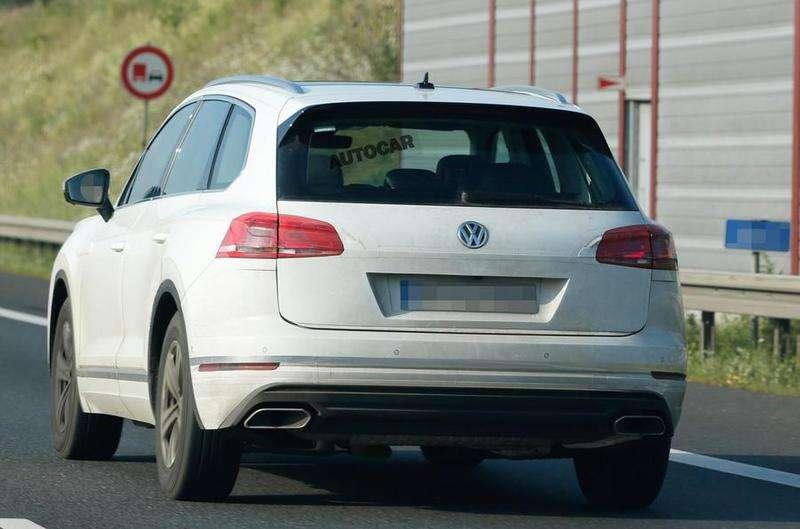 Volkswagen Touareg 2018 помічено під час тестів