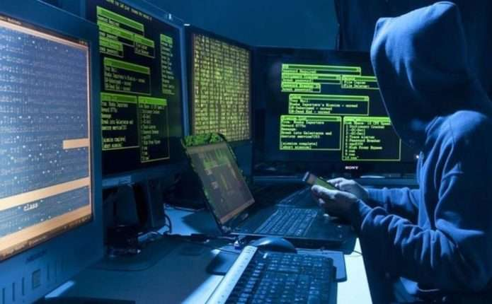 У Мережі хакери стежать практично за половиною користувачів