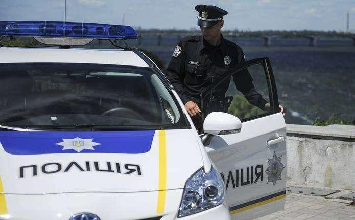 9 законних підстав зупинки авто поліцейським