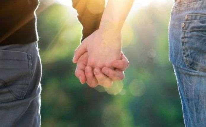 Вчені довели, що закохані люди менше хворіють