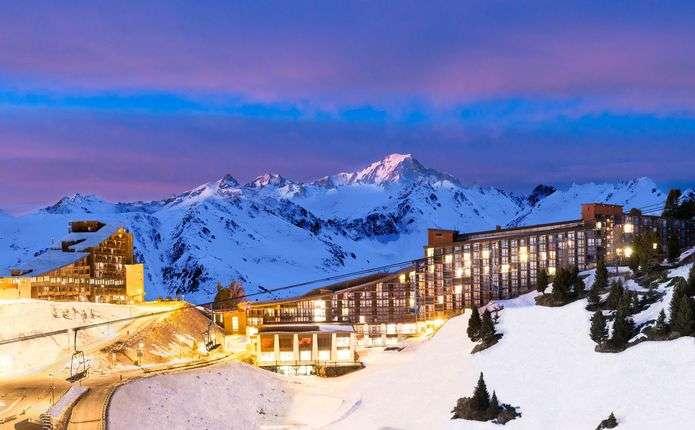 Актуальные среди премиальных: бюджетные горнолыжные курорты Франции