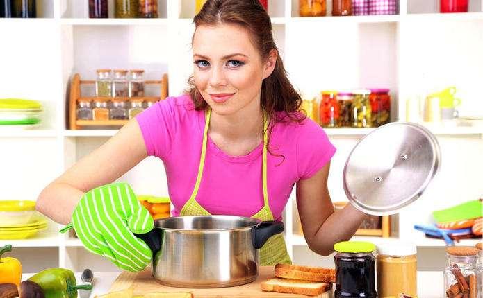 Чому жінкам не можна постійно готувати їжу