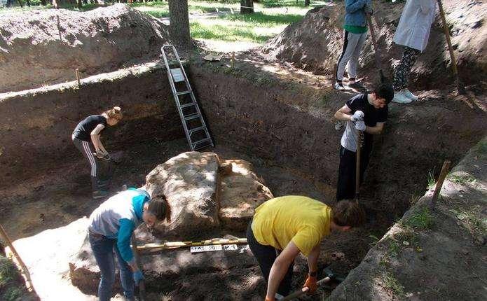 Археологи виявили унікальні знахідки часів Київської Русі
