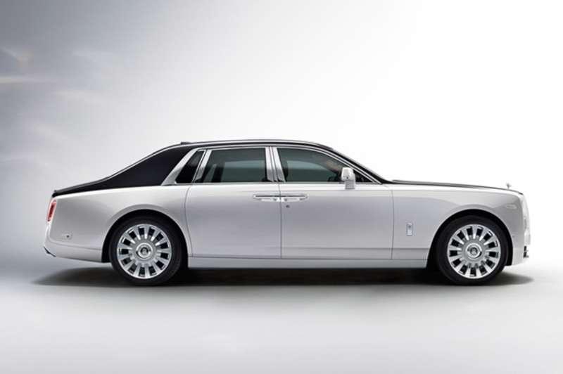 Rolls-Royce офіційно представив новий Phantom