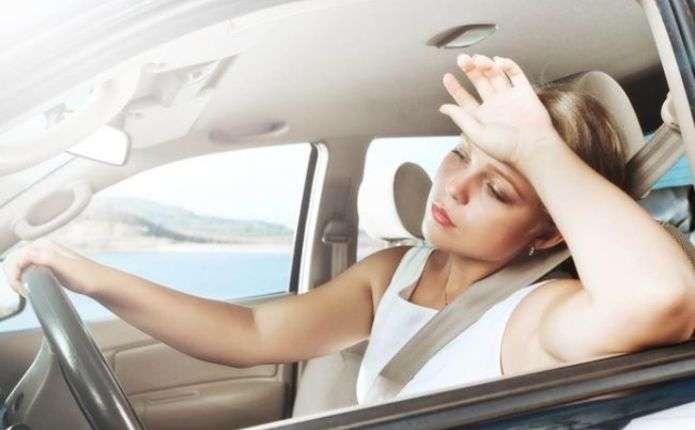 Поради для водіїв у спекотні дні