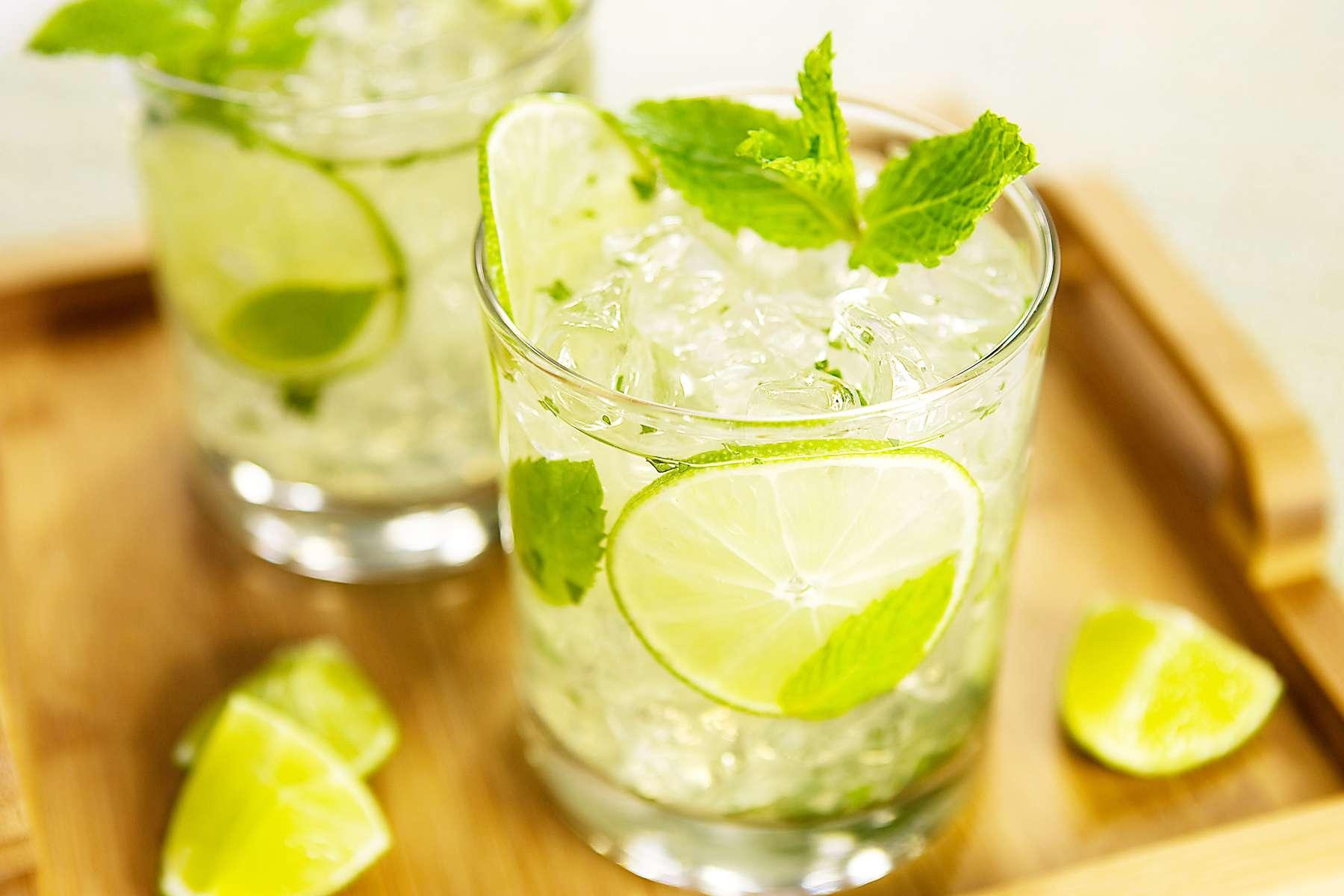 Напої, які у спеку врятують від спраги