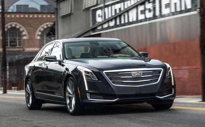 У мережі з'явилися фото оновленого седана Cadillac XTS