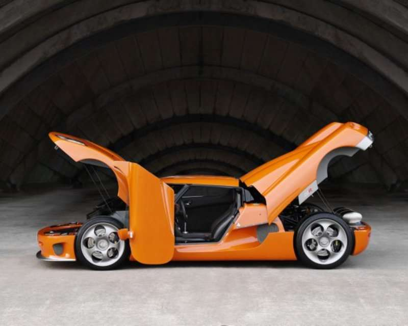 ТОП-12 автомобілів з найоригінальнішими задумками конструкцій дверей