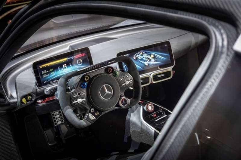 Mercedes-AMG представив гіперкар Project One