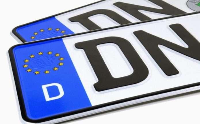 Водії на єврономерах відмовилися від податкових пільг
