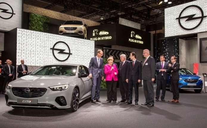 Opel представив найшвидшу модифікацію Insignia - GSi