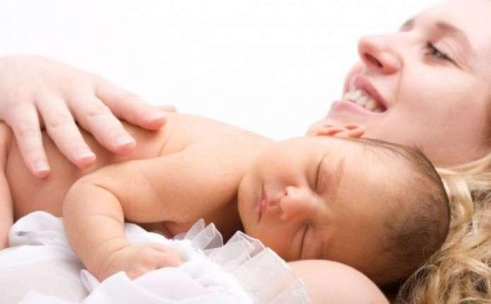 Пологи та ведення вагітності стануть для українок безкоштовними