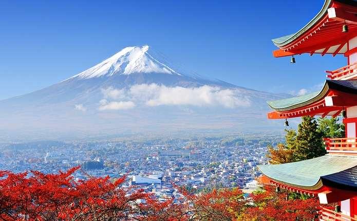 Японія вирішила брати гроші за виїзд з країни