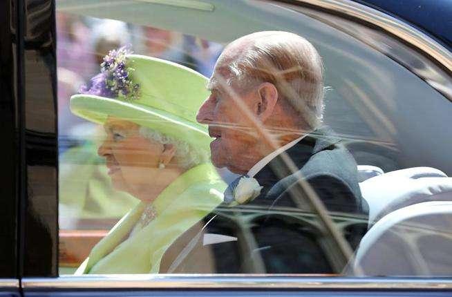 Королівське весілля принца Гаррі та Меган Маркл у фото - Погляд ... 8d71611d532fd
