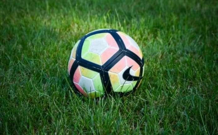 Як грала ФК Буковина 18 липня у різні роки