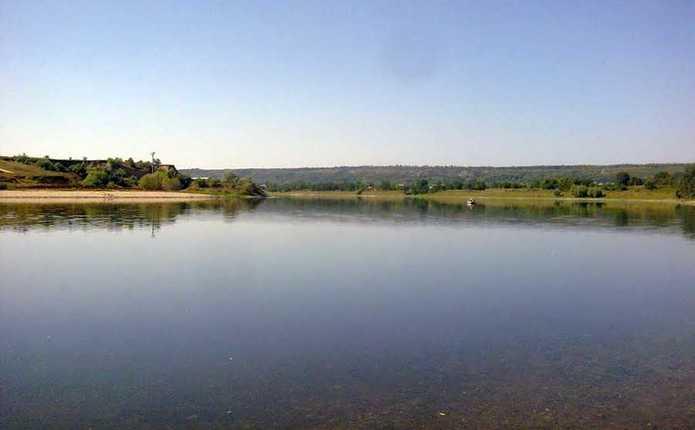 На Сокирянщині місцевий житель захопив 1га землі водного фонду
