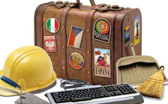 Чому українці їдуть працювати за кордон