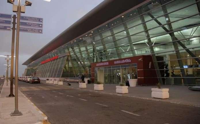 В аеропорту Тбілісі посилено перевіряють чоловіків з України