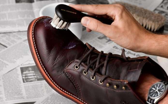 Як почистити взуття від солі - Погляд – новини Чернівці 07c6ae26de12f