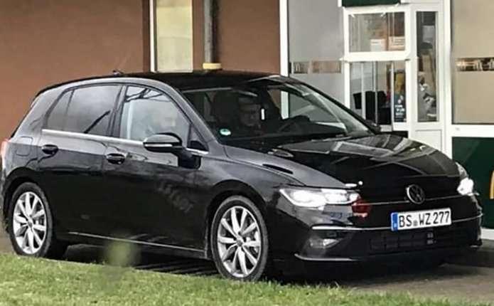 2020 Volkswagen Golf 8: фото нового покоління моделі