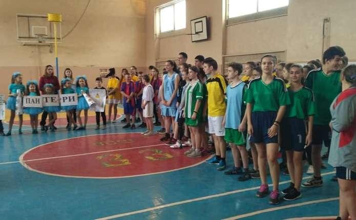 У Чернівцях організували обласні змагання з корфболу
