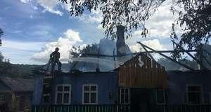 35d8a8a3df1e0c У селі на Глибоччині горіли дві господарські будівлі та гараж
