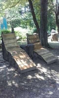 З повалених дерев у Чернівцях зробили лежаки