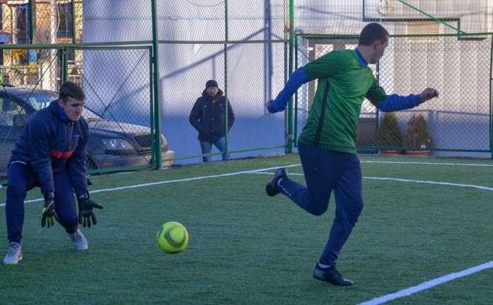 У Чернівцях проходять матчі сьомого туру чемпіонату області з міні-футболу