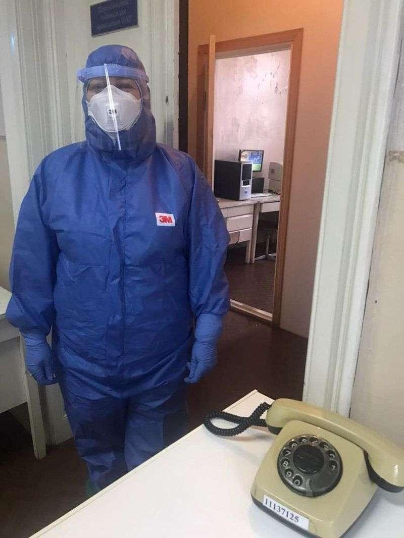 Голова ОДА відвідав вірусологічну лабораторію