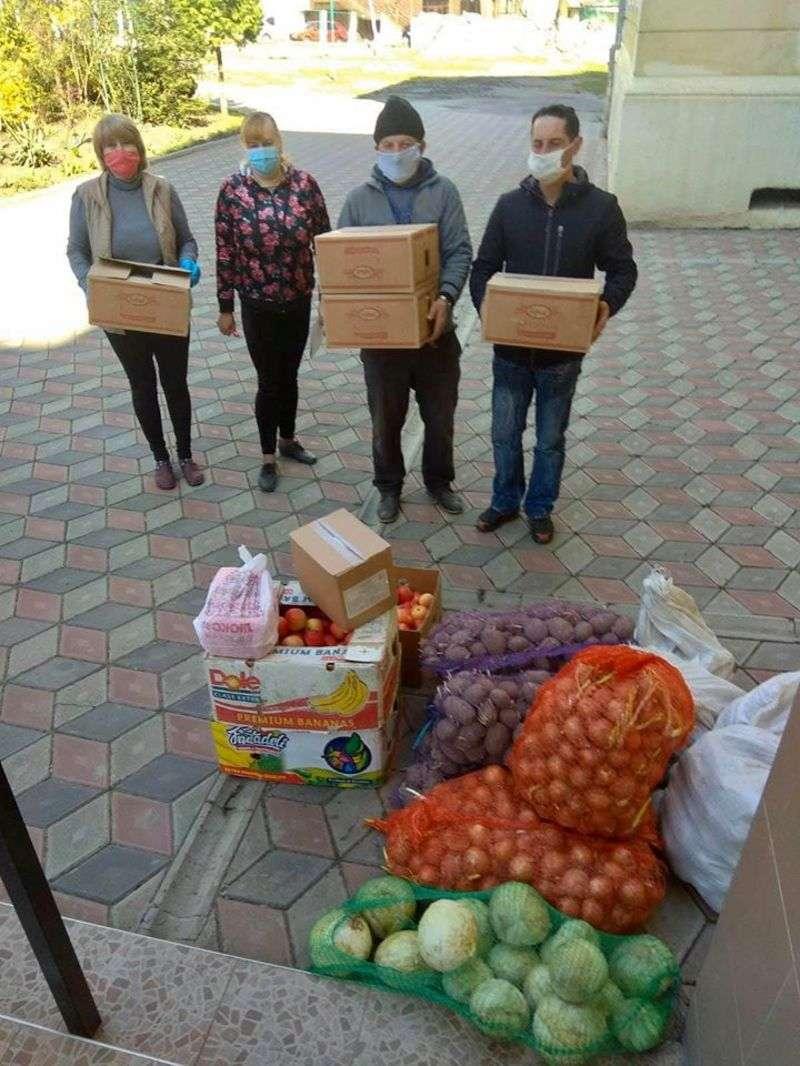 Заклади освіти передали залишки продуктів інтернатам Чернівецької області