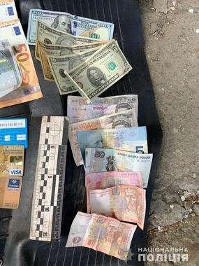 У Чернівцях затримали злочинну групу квартирних крадіїв