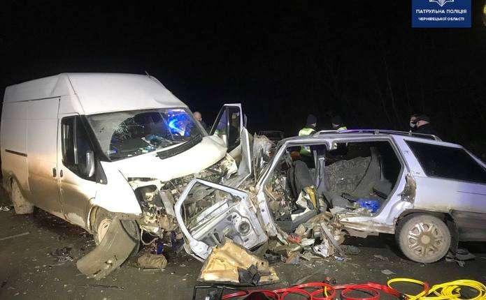 На автодорозі Н-03 Житомир – Чернівці трапилася жахлива аварія