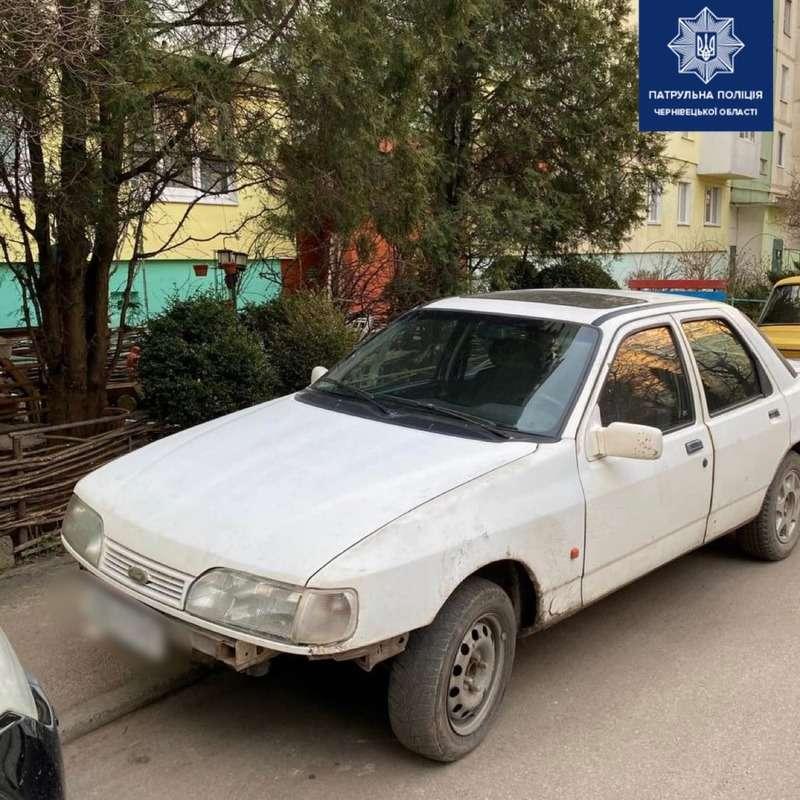 Вночі патрульні Буковини виявили двох водіїв у стані сп'яніння, які ще й позбавлені прав