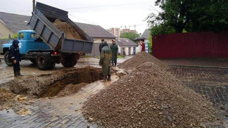 15 червня на вулиці Руській, 89 Чернівціводоканал продовжить ремонтні роботи