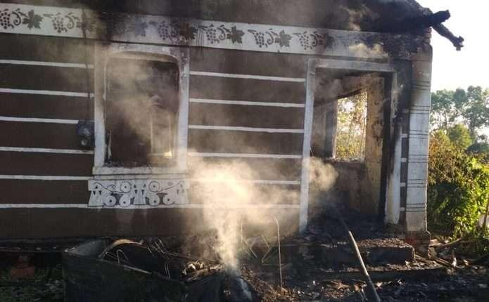У селі на Буковині горів будинок: на пожежі виявили тіло власника